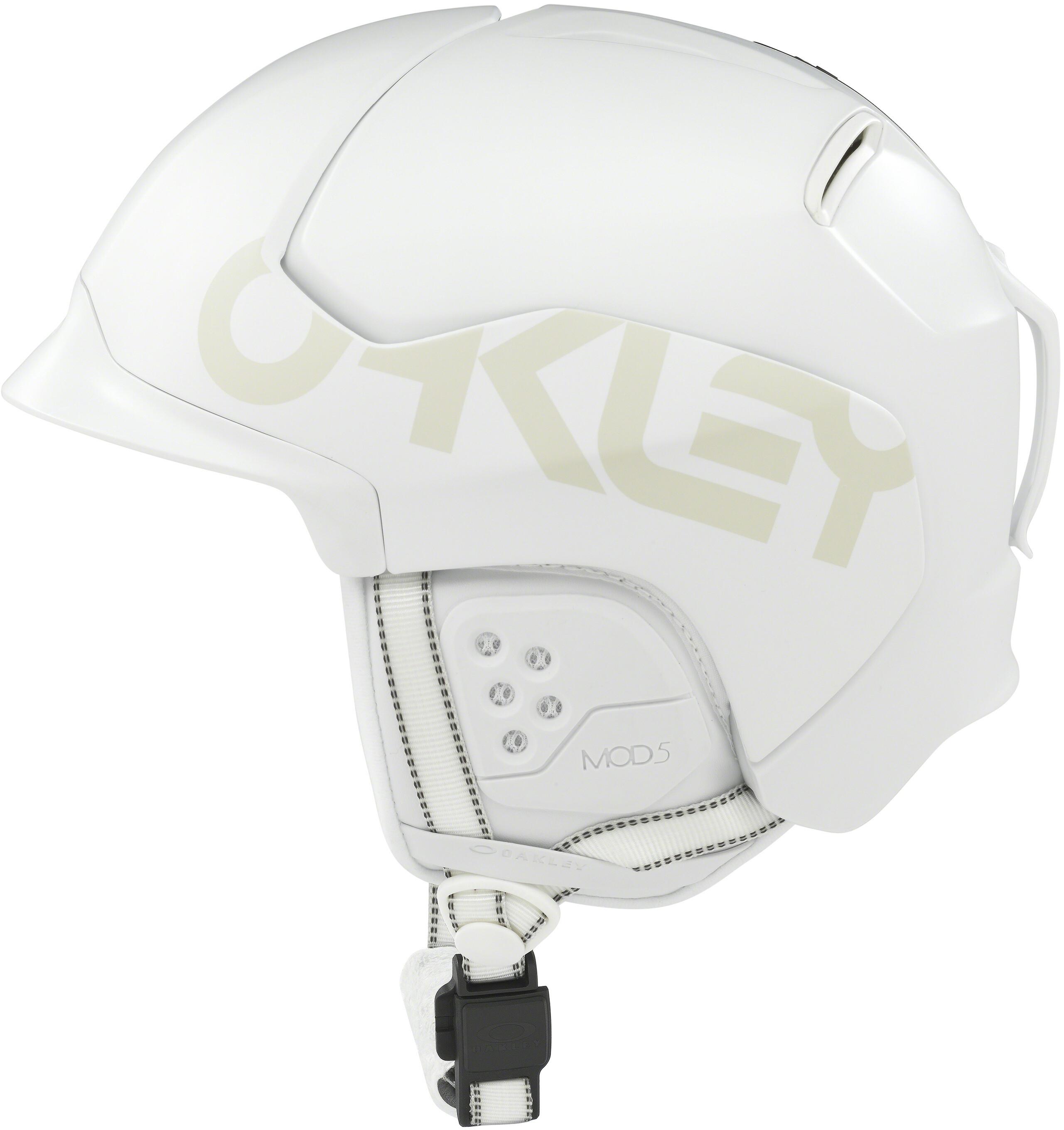 3de1c6e6b3 Oakley MOD5 Factory Pilot Snow Helmet Men Matte White
